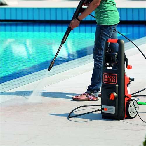 Idropulitrice Black+Decker PW1800PE ad acqua fredda 135 bar 1800 W con accessori